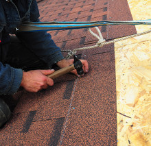RoofRepair 220x213 7 Signs you Need a Roofer for your Home