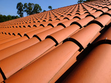 SummerRoof 220x165 How Summer Heat Affects Your Roof